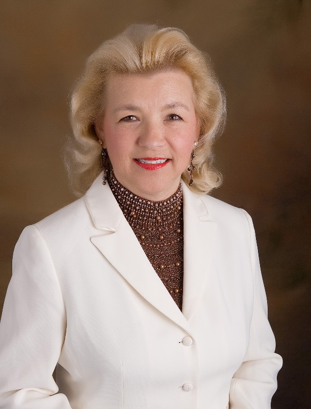 Meet and Ask Dagmar Sands your Real Estate Questions!